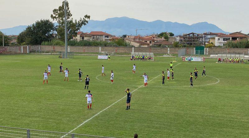 CELLOLE – Calcio, la doppietta di Caiazzo regala il derby ai rossoblù